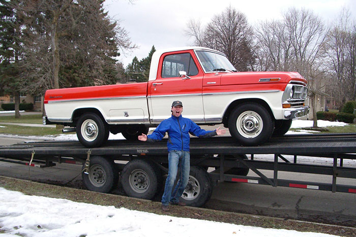 Ford F-250 Import